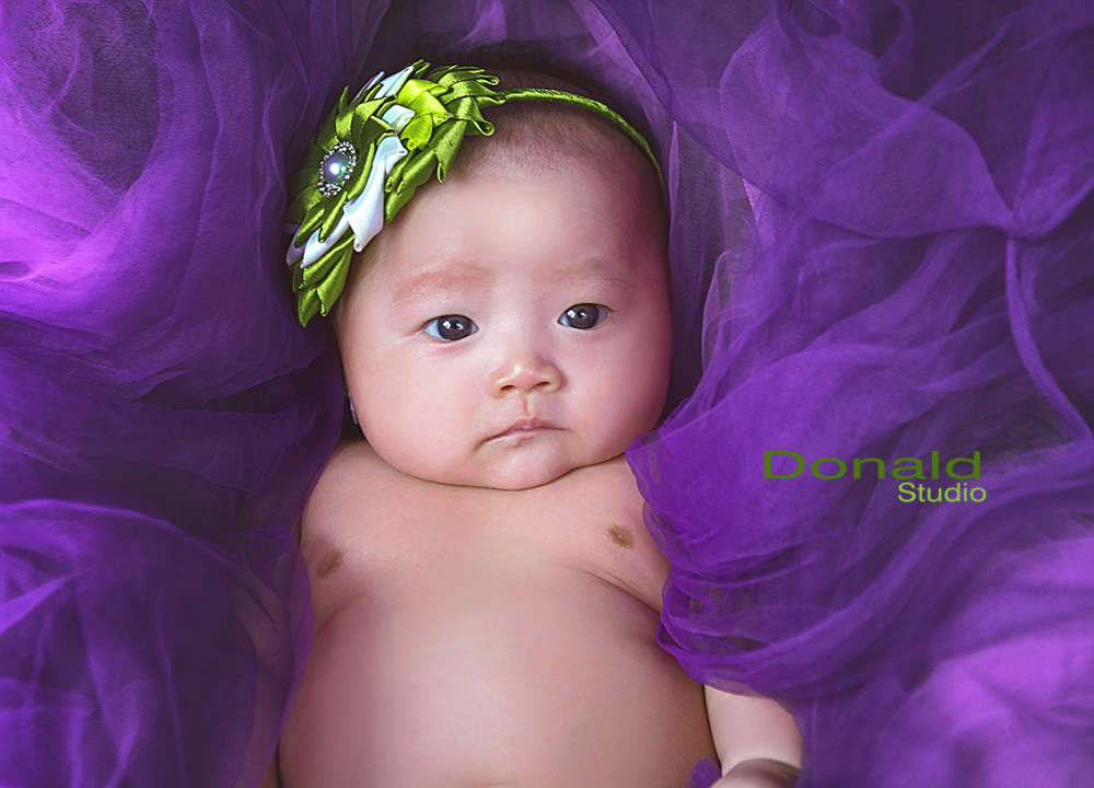 Cute little girl - Donald studio