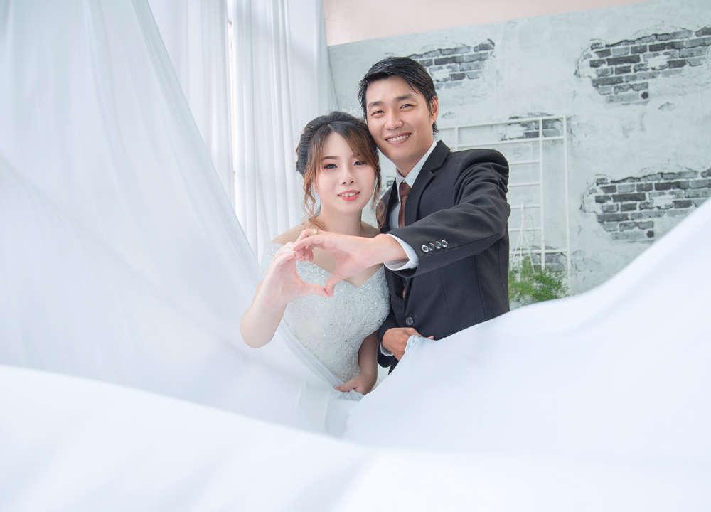Chụp ảnh cưới trung thực từng nét ảnh