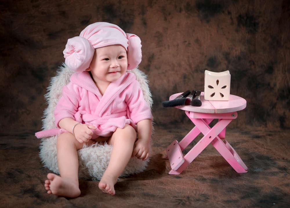 chụp hình cho bé so cute