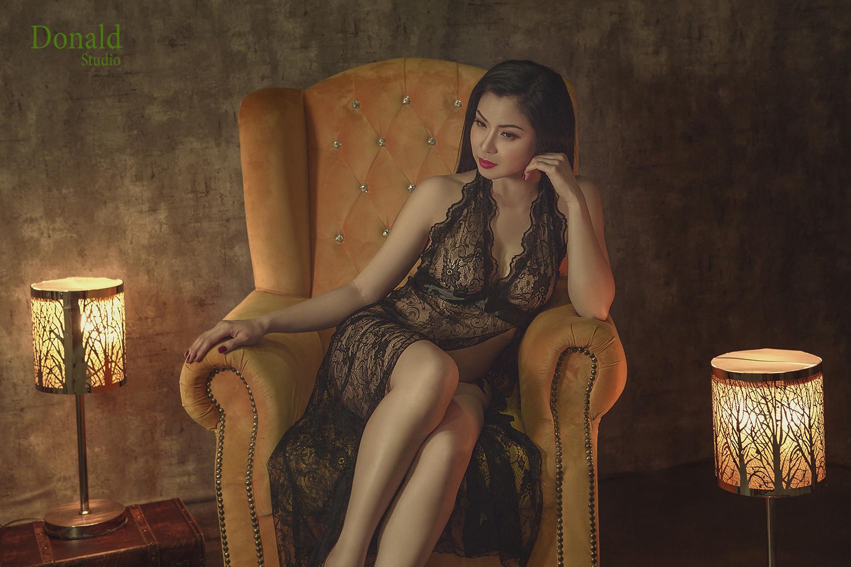 Chụp hình sexy quyến rũ ở Sài Gòn