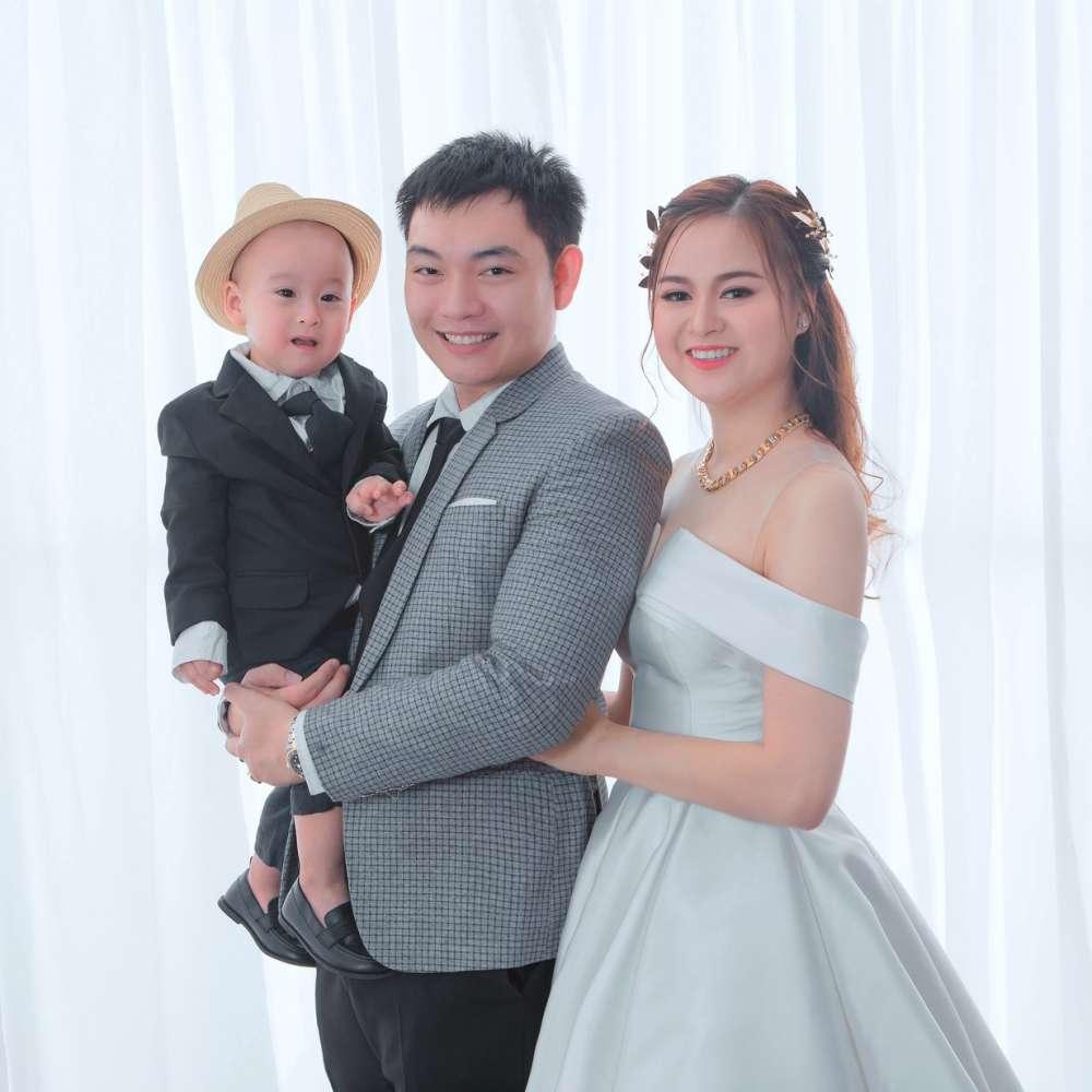 Chụp hình kỉ niệm cưới rẻ đẹp SG